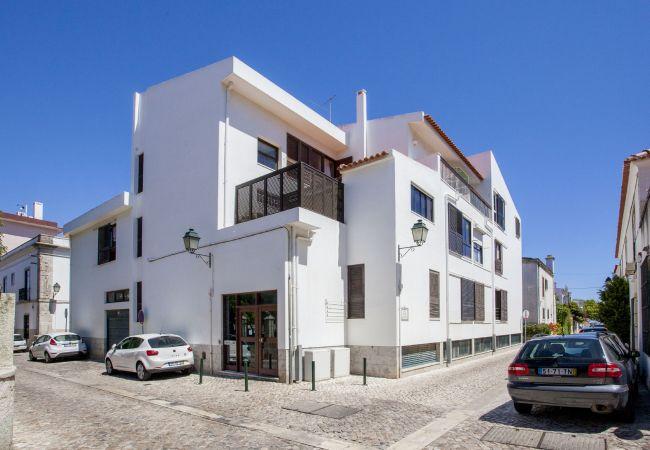 Estúdio em Cascais - Gomes Freire Studio with Balcony