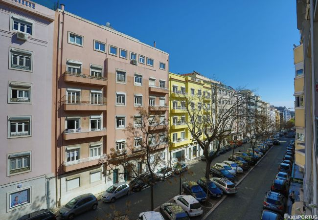 Apartment in Lisbon - Delightful Lisbon City Apartment