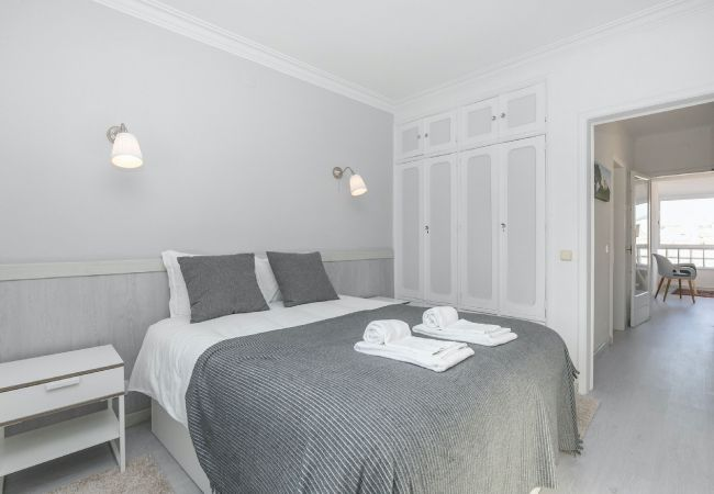 Apartment in Cascais - Bright Valadim Apartment